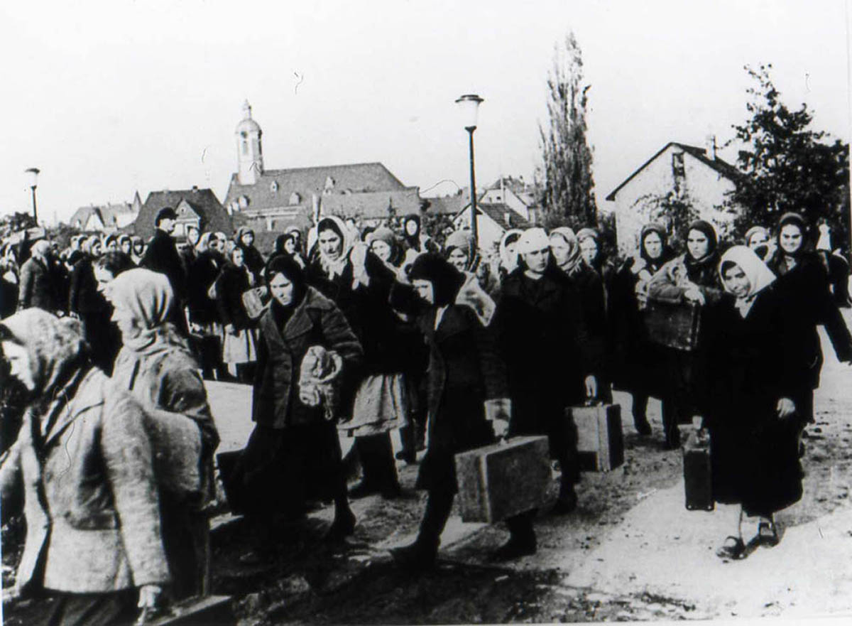 Weberausstellung Dokumentation der Zwangsarbeit