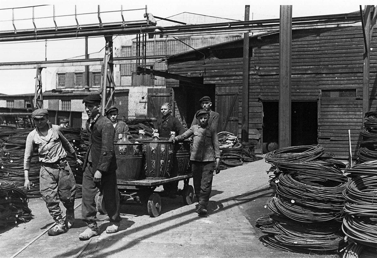 Junge Zwangsarbeiter bei Röchlung Buderus