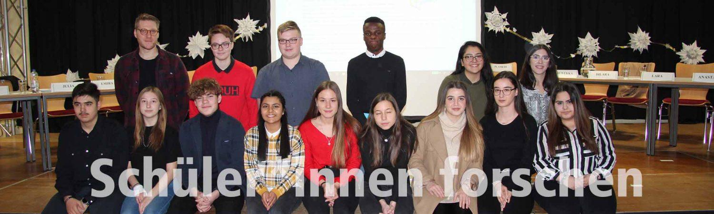 Die Klasse 10R1 der Alexander-von-Humboldt-Schule päsentiert ihre Forschungsergebnisse in Hörspielen