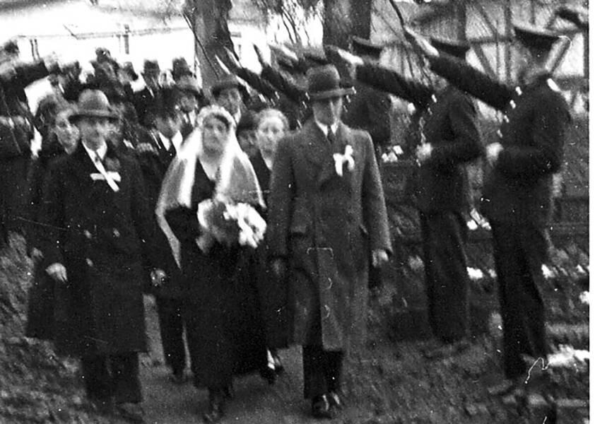 Alltag im 3. Reich: Hochzeit unterm Hitlergruß