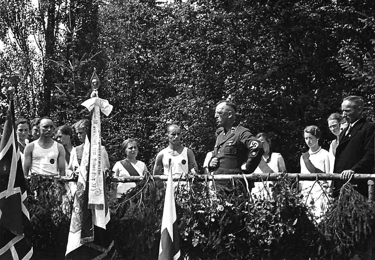 Alltag im 3. Reich: Jubiläum in Bonbaden mit NS-Einschlag