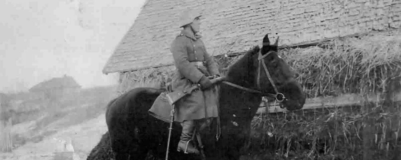 Fritz Donsbach mit Pferd Banner