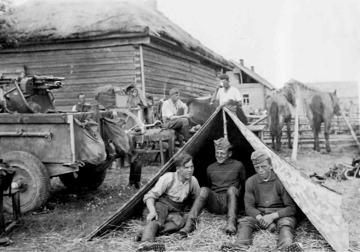 Donsbach Juni 1941 Sodlatencamp ander polnisch-belurssischen Grenze