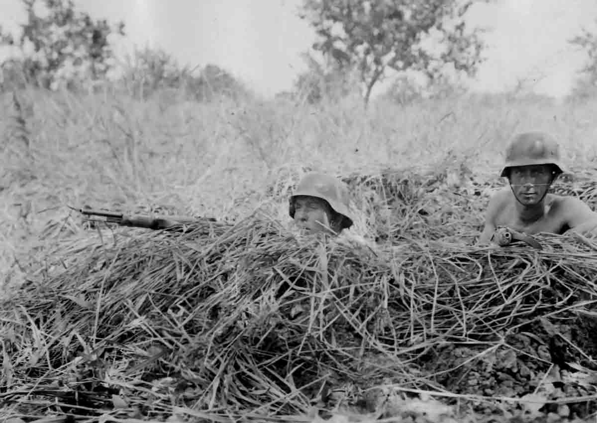 Donsbach Juli 1941 Kameraden Donsbach, Stramm